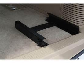 Picture of DU-HA Tote Slide Bracket